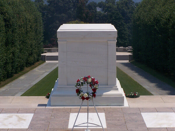 wayne-pa-probate-lawyers-tomb-unknown-soldier-2